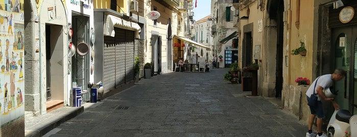 Vietri sul Mare is one of Villa Rizzo : понравившиеся места.