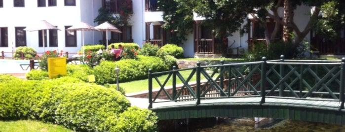 Yücelen Hotel is one of Umut'un Beğendiği Mekanlar.