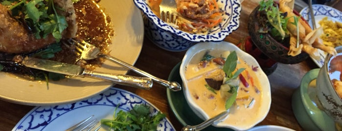 Jinda Thai Restaurant is one of Lynn's Liked Places.