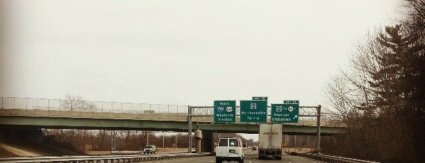 Interstate 295 is one of New Jersey highways and crossings.