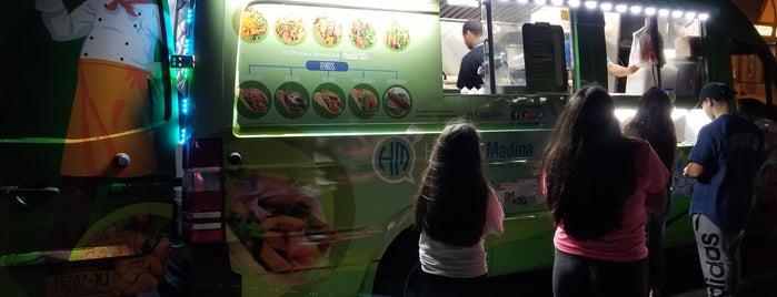 Hamza And Madina Halal Food Cart is one of NYC Trucks!.