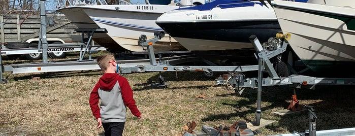 Belle Haven Marina is one of Alexandria, VA.