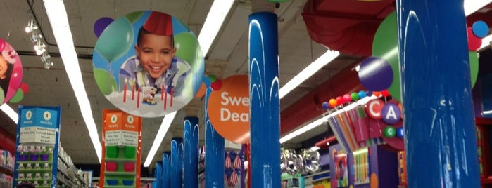 Party City is one of Orte, die Brock Michael gefallen.