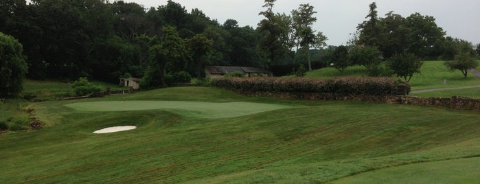 Stoneleigh Golf  & Country Club is one of Golf.