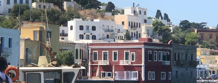 Port Leros is one of Orte, die sibel bakırcı özkoçan gefallen.