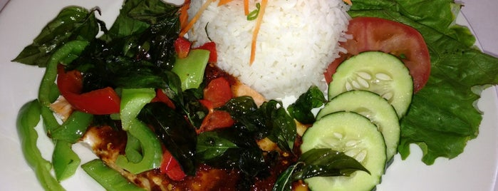 Vinothai's Healthy Fresh Thai Food is one of Jeffさんの保存済みスポット.