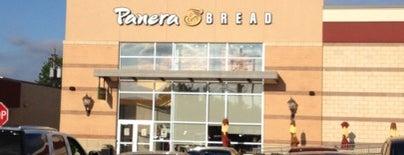 Panera Bread is one of Sashaさんのお気に入りスポット.