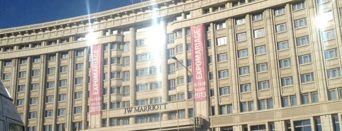 JW Marriott Bucharest Grand Hotel is one of Oteller.
