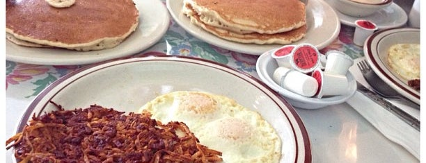 S&W Country Diner is one of LAist's top diners.