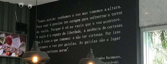 Sterna Café is one of Lugares favoritos de Cássia.