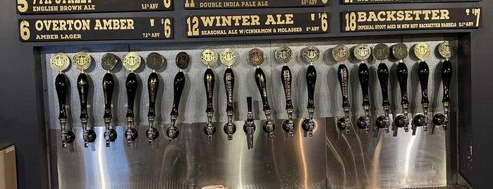 Wooden Cask Brewing Company is one of Cincinnati Bars.