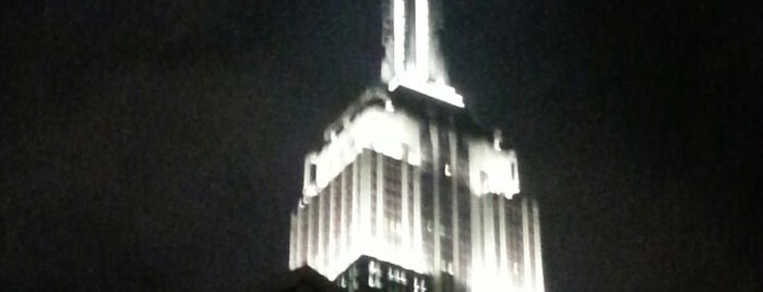 Empire State Building is one of Affinia Dumont's Local Tips.