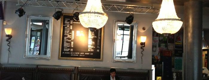 Café De Roeter is one of Lugares favoritos de Ferdy.