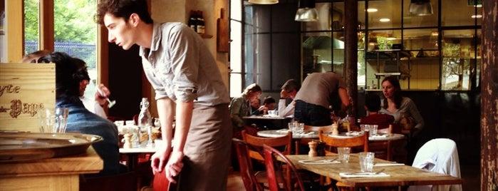 Café ChinChin is one of Tempat yang Disukai Romy Alyssa.