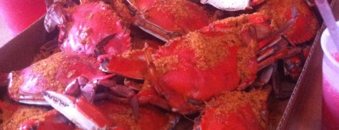 Lazy Susan's Hot Fat Crabs is one of Rehobeth.