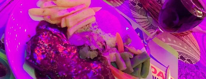 Florida Restaurant&Bar is one of Locais curtidos por Bülent.