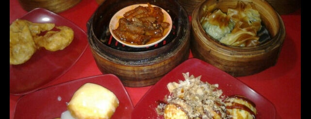 Dim Sum Warung Mbledos is one of SBY Culinary Spot!.
