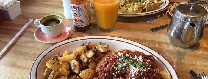 Cambria Cafe is one of Central Coast.