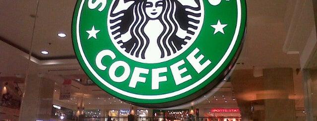 Starbucks is one of Gespeicherte Orte von Remy Irwan.
