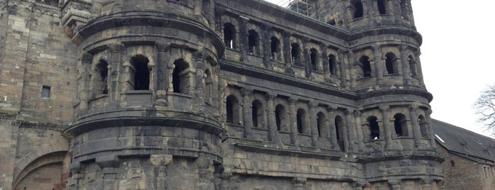 Porta Nigra is one of Lugares favoritos de Rob.