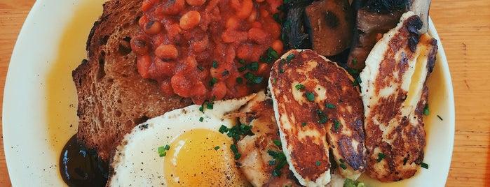 Pavilion Cafe is one of Breakfast/Brunch in London.