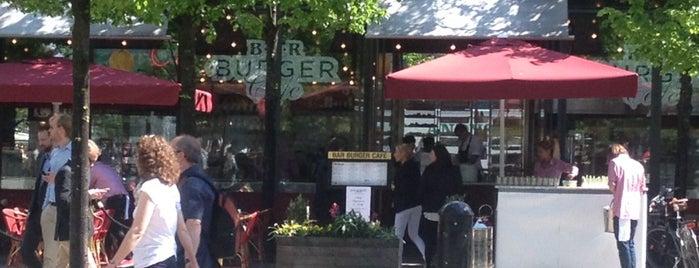 Bar Burger Café is one of Tempat yang Disukai Mert.