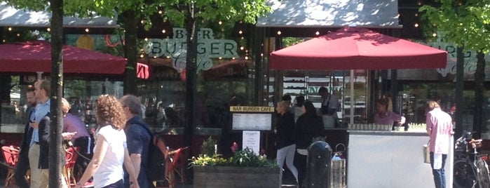 Bar Burger Café is one of สถานที่ที่ Mert ถูกใจ.