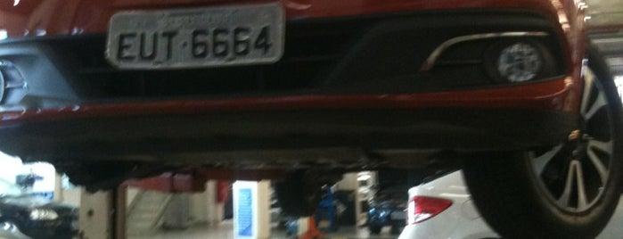 Chevrolet Palazzo is one of Tempat yang Disimpan Paulinha.