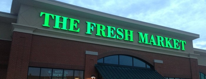 The Fresh Market is one of สถานที่ที่ David ถูกใจ.