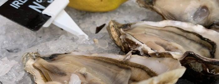 Coquillages Astoux & Brun is one of Lieux qui ont plu à Saud.
