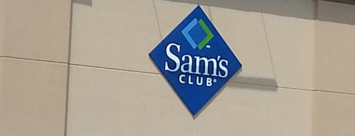 Sam's Club is one of Lieux qui ont plu à Gus.
