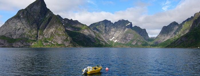 Sakrisøy is one of world travel.