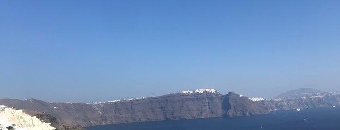 Santorini Secret Suites & Spa is one of Gespeicherte Orte von Nil.