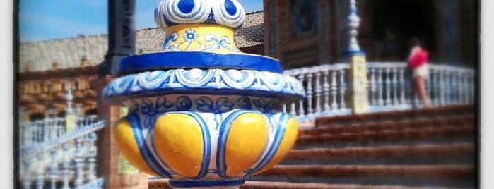 Plaza de España is one of Sevilla travel tips.