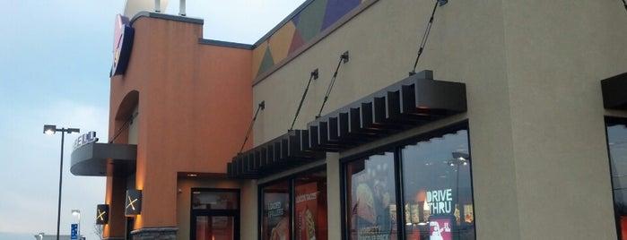 Taco Bell is one of Lugares favoritos de Faith.