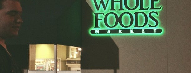 Whole Foods Market is one of Locais curtidos por MissADS1981.