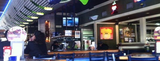 Chili's Grill & Bar is one of Locais curtidos por Cristina.