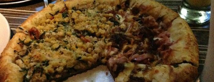 Salvator's Pizza is one of Barranquilla.