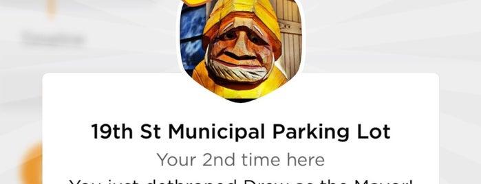 19th St Municipal Parking Lot is one of Dawn : понравившиеся места.