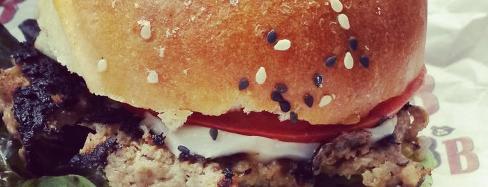 Betty's Burgers is one of Centro | Por Conocer.