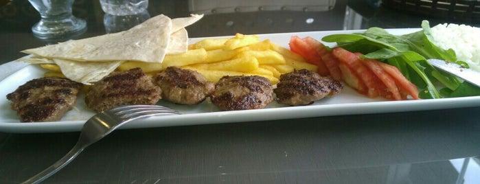 Kozz İşkembe Ve Kokoreç is one of Locais curtidos por Melih.