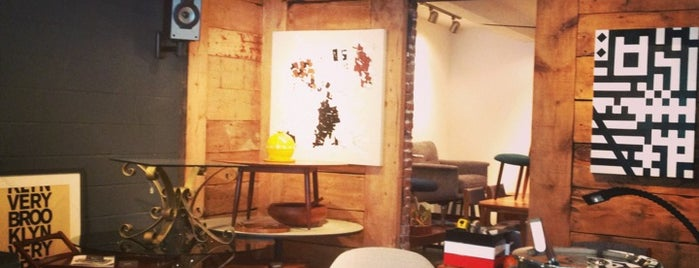 Brooklyn Café Showroom is one of Montréal curated by Francis B.