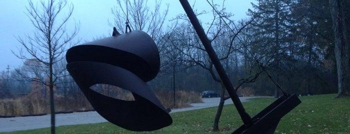 Lynden Sculpture Garden is one of Milwaukee.