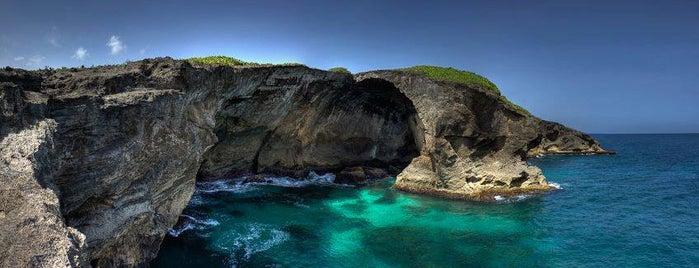 La Cueva Del Indio is one of Exploring Puerto Rico.