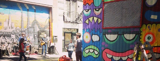 Centre-Fuge Public Art Project is one of Kristi'nin Beğendiği Mekanlar.