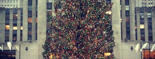 Rockefeller Center is one of NEW YORK CITY : Manhattan in 10 days! #NYC enjoy.
