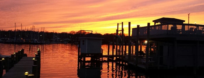 Skippers Pier Restaurant and Dock Bar is one of Best Bars in Maryland to watch NFL SUNDAY TICKET™.