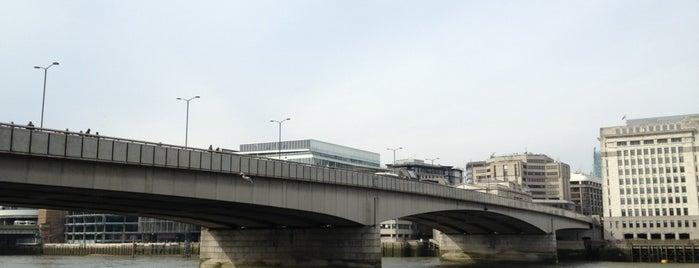 ロンドン橋 is one of London Town.