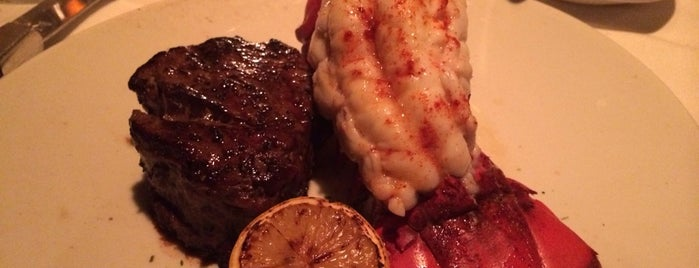 Fleming's Prime Steakhouse & Wine Bar is one of Best Wine Bars.