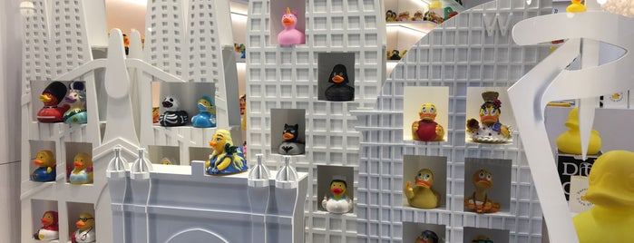 Barcelona Duck Store is one of Barcelona Shopping.